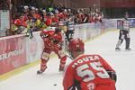 Jestřábi Prostějov (v červeném) proti Českým Budějovicím