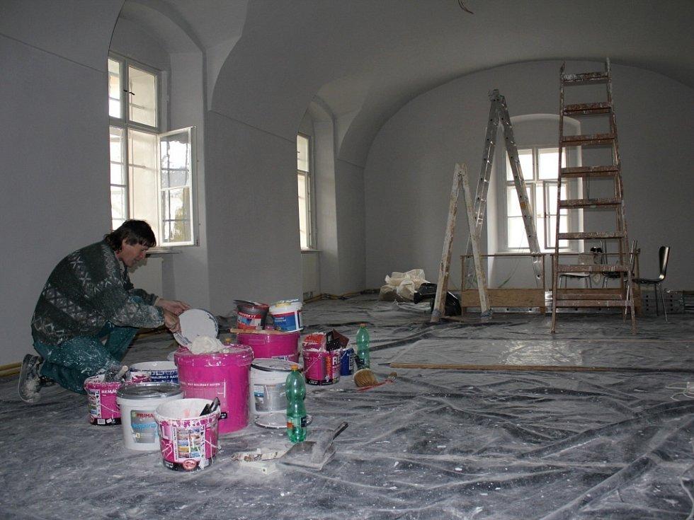 Muzeum chystá novou expozici archeologie, zatím se pracuje na úpravách místností