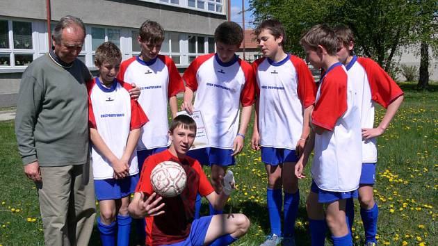Mladí fotbalisté z Protivanova jdou od vítězství k vítězství.
