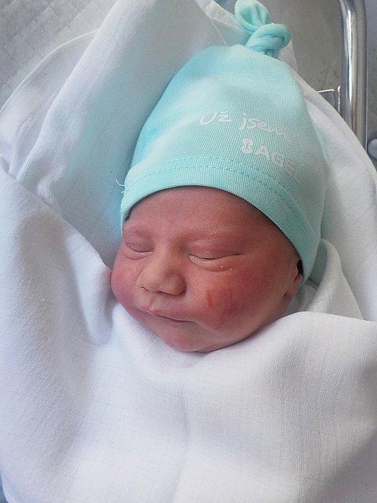 Barnabáš Kopečný, Prostějov, narozen 29. května 2021 v Prostějově, míra 51 cm, váha 3350 g