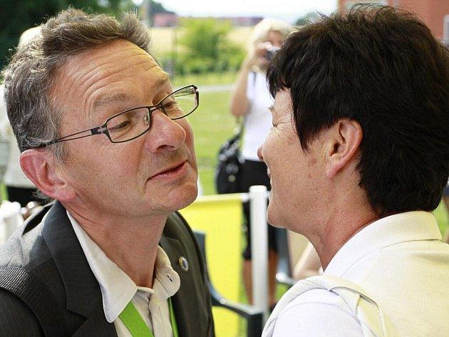 Evropští komisaři v rámci soutěže Entente Florale Europe 2011 ve Smržicích