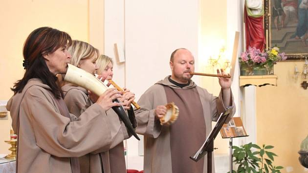 Skupina SoliDeo na koncertě v Brodku u Prostějova