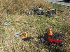 Nehoda motorkáře mezi Hrubčicemi a Tovačovem
