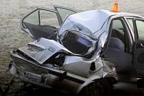Tragická hromadná nehoda na kluzké silnicie mezi Němčicemi nad Hanou a Prostějovem 13. února 2014