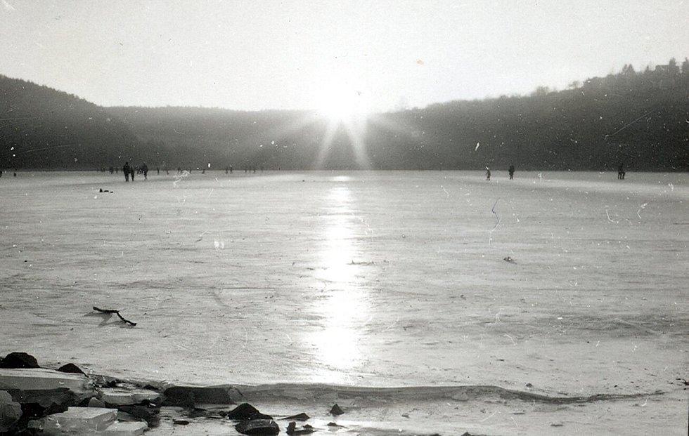 Bruslení na Plumlovské přehradě.