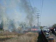 Vrahovičtí hasiči zasahovali i u požáru trávy v Brněnské ulici