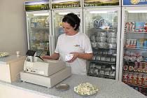 Prodej Nivy v mlékárně v Otinovsi