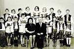 Vřesováček v 70. letech. Soubor Vřesováček byl úzce spjat se Sokolem. Jeho činnost trvala od roku 1969 do roku 1979. Na fotografii jsou zakladatelé spolku Jan Přidal a cvičitelka Marie Smékalová.