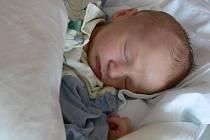 Denis Hron, Prostějov, narozen 6. dubna, 51 cm, 3150 g
