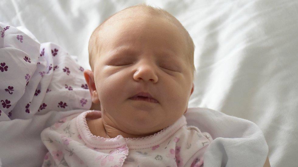 Kristýna Ošlejšková, Prostějov, narozena 4. října 2020 v Prostějově, míra 48 cm, váha 3100 g