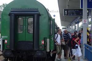 Cestující, kteří používají služeb Českých drah v Olomouckém kraji, se mohou zapojit do ankety, a přispět tak ke zlepšení kultury cestování po železnici.