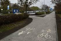 Cyklostezka nedaleko prostějovské nemocnice. 12.11. 2020