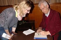 Anglický spisovatel Stephen Clarke v Prostějově