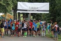 Desítky lidí si přišly zasportovat a poměřit své síly na třetí ročník duatlonu s názvem Plumlovman.