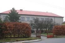 Budova bývalé školy v Drahanech, nyní Muzeum Drahanské vrchoviny a vzdělávací centrum TGM v Drahanech