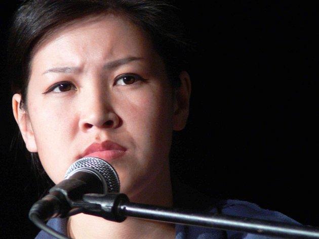 Zpěvačka skupiny Altai Kai pocházejicí ze střední Asie.