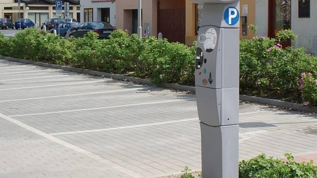 V parkovacích automatech v Prostějově bude možné platit speciálními i kreditními kartami