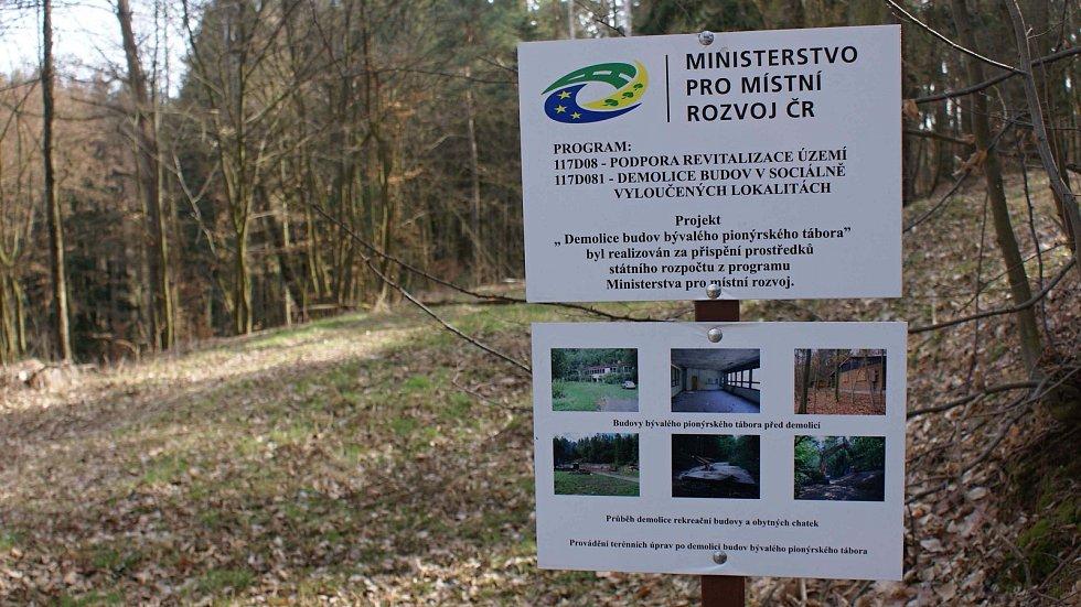 Výletní místo nedaleko Ochozi - revitalizované prostranství bývalého rekreačního střediska