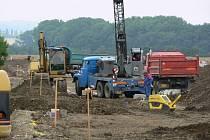 Stavba inženýrských sítí na pozemcích za nemocnicí