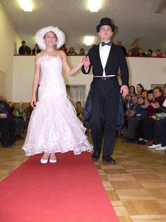 Modní přehlídka svatební šatů