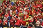 Dobře tisícovka dětí z celého Olomouckého kraje se ve čtvrtek zúčastnila charitativní akce Hvězdy dětem. Společně s Janem Kollerem či Lukášem Krpálkem si zastříleli lukem či zaběhali na čas.