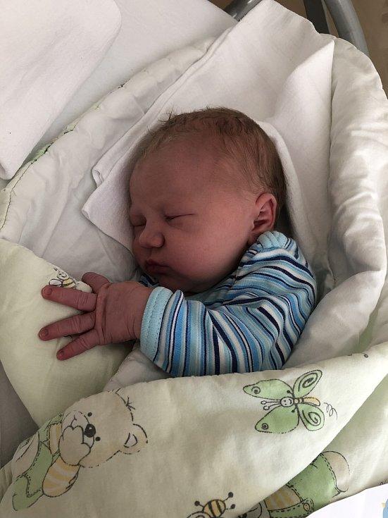 Martin Krajča, narozen 8. července 2021 v Olomouci, váha 3690 g
