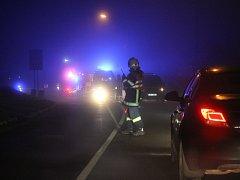 Hasiči na druhý svátek vánoční zasahovali na okraji Plumlova u dopravní nehody.