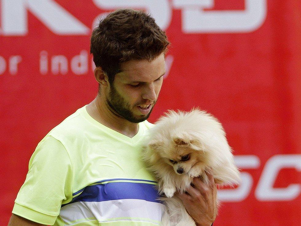 V prvním semifinále prostějovského turnaje se radoval z postupu Jiří Veselý