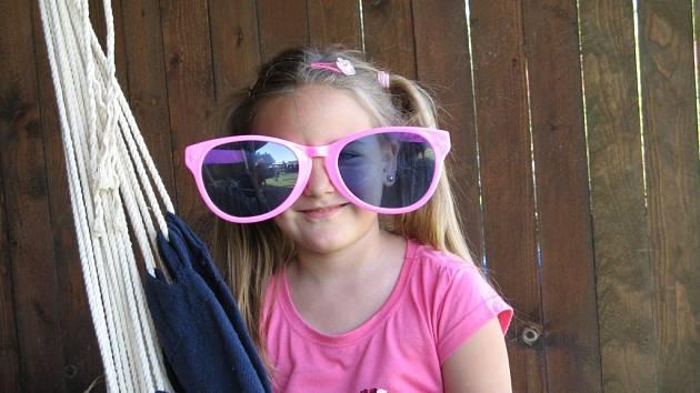Takhle to může dopadnout, pokud si chcete nasadit růžové brýle.
