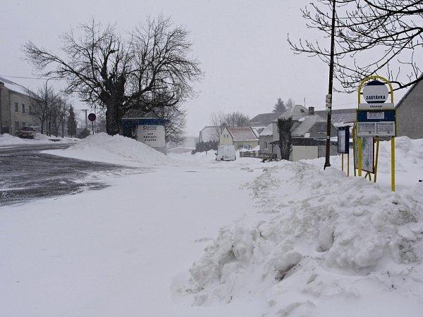 Sněhová nadílka vDrahanech - 3.dubna 2013