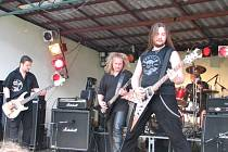 Do varu dostala fanoušky revivalová kapela Metalica.