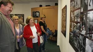 Vernisáž výstavy s názvem Prostějov očima Boba Pacholíka v budově Státního okresního archivu v Prost