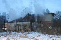 Bedihošť - požár opuštěného domku