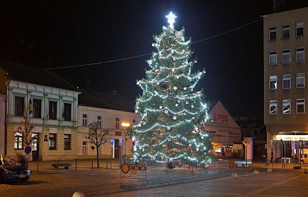 Vánoční strom 2020vPřerově.