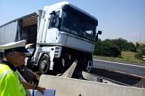 Nehoda kamionu na R46 u Držovic