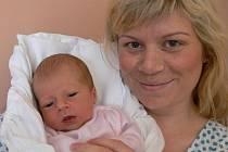 Aneta Fialková s maminkou Šárkou, Brodek u Prostějova, Narozena 5. května 2009, 49 cm, 2700 g
