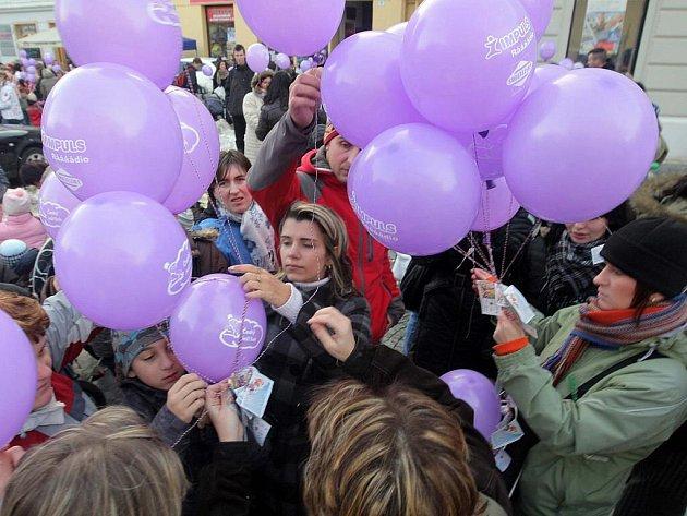 Vypouštění balonků v Prostějově