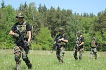 V květnu pořádalo sdružení Association Military Fan ve Skřípově výlet do přírody s vojáky.