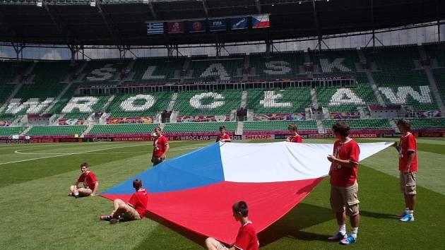 Vlajkonoši českého týmu na Euru pro zápas s Řeckem