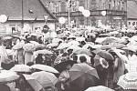 Svátek práce je mezinárodní dělnický svátek, který se slaví od roku 1890 na počest stávky amerických dělníků v Chicagu dne 1. května 1886. Před listopadem 1989 se pořádaly prvomájové průvody s hojnou účastí všech skupin obyvatelstva.