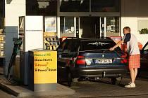 Benzinka Shell na Újezdě