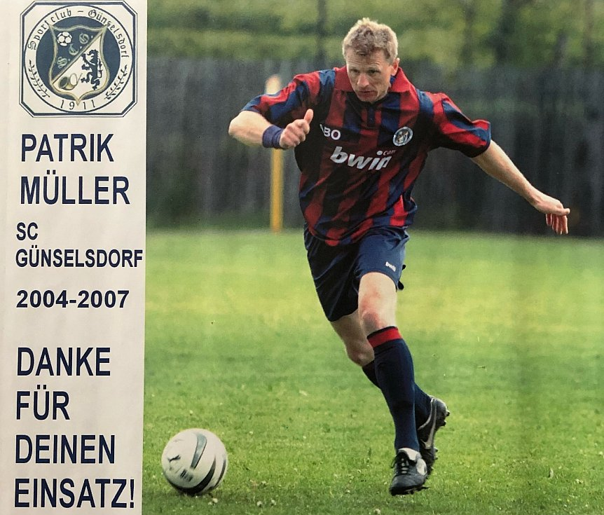 Patrik Müller v barvách rakouského Günselsdorfu.