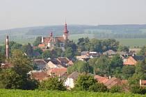 Tištín získal oranžovou stuhu v soutěži Vesnice roku Olomouckého kraje 2009 za spolupráci obce a zemědělského subjektu