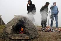 Slavnosti ohně a experimentální archeologie v Drahanech