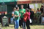 Třetí ročník pivních slavností přilákal za prostějovský velodrom davy lidí i desítky pivovarů.