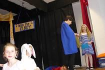 Představení Oživlé hračky v Nezamyslicích