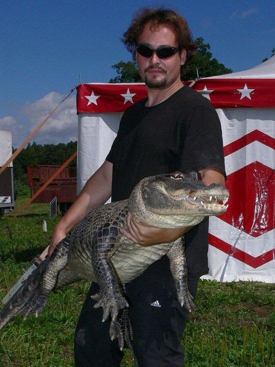 Krotitel krokodýlů Karel Berousek ml. s Julií