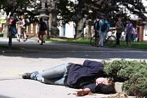 Bezdomovkyně v centru Prostějova