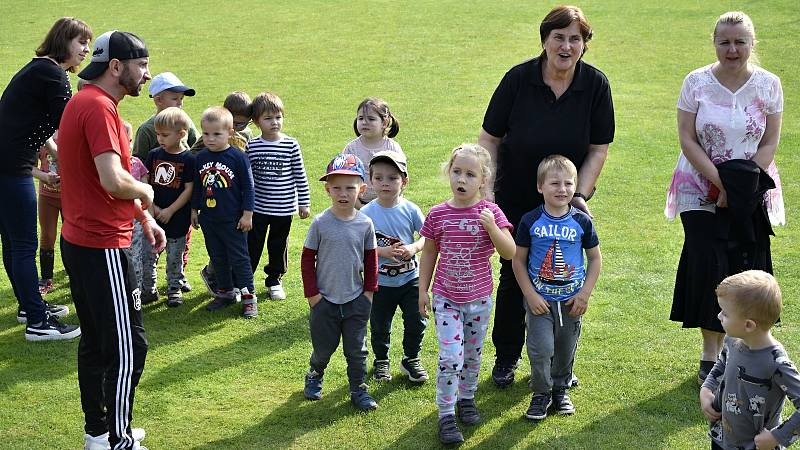 Bohuslavické sportovní dopoledne pro mateřské školy bavilo více než stovku dětí. 27.9. 2021