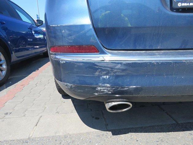 Srážka aut v Držovicích